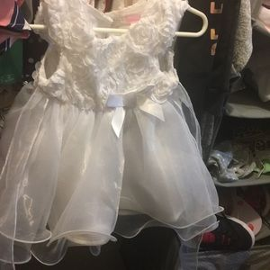 Infant white dress wore once !